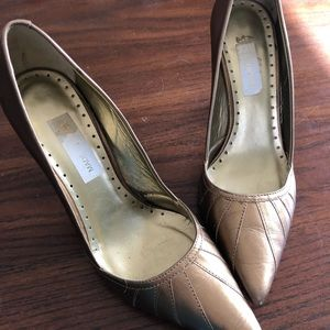 Gold ZARA heels.  Made in Brazil.